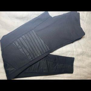Alo Moto legging /black size medium